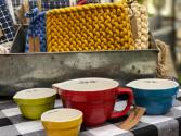 Retro Measuring Cups Kitchen