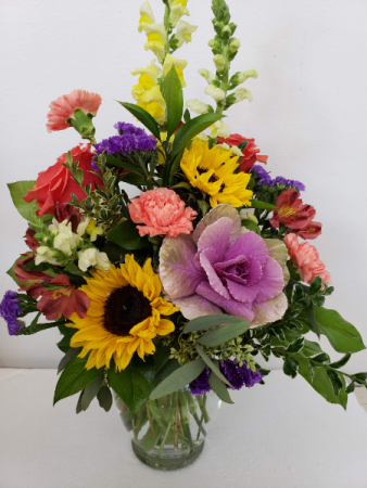 Rivetting Rainbow Mixed Bouquet