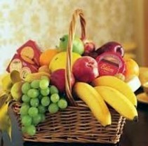 Roma florist Fruit Basket