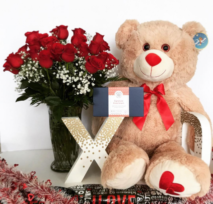 Romance and Roses Bundle with Chocolates Daily Deal