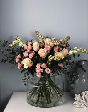 Romance Arrangement   in Coconut Grove, FL | Luxury Flowers