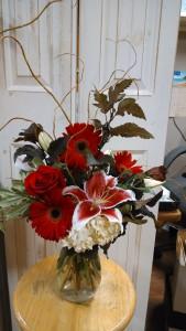 Romantic Delight Fresh Vase Arrangement