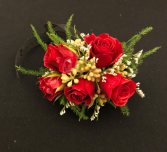 Romantic Rose Red Spray Rose Wrist Corsage