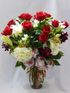 ROMANTIC ROSES FOR MY LOVE- Roses  & Gifts Flowers & Gifts Prince George BC, Roses & Gifts Prince George BC. Order Roses & Gifts