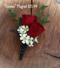 Romeo Magnet Boutonniere
