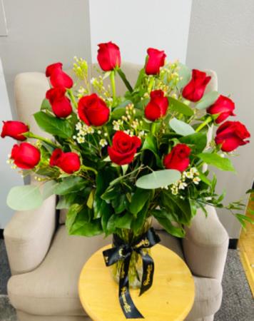 Pura Vida- One Dozen Premium Red Roses