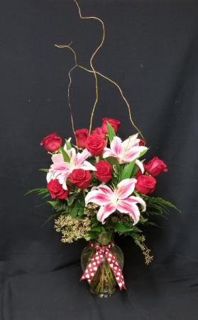 Rose and Lily Elegance   Premium Arrangement