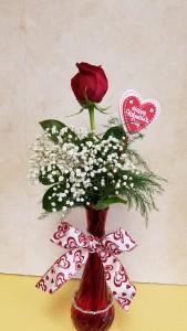 Rose Bud Vase With Bracelet
