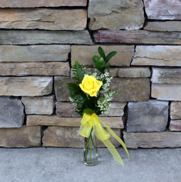 Rose Bud Vase - Yellow Classic Rose Arrangement
