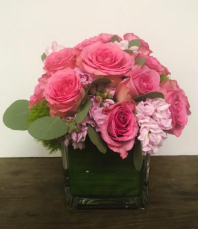 Rose Cube  Vase Arrangement