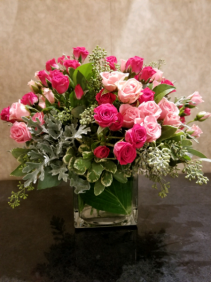 Rose Garden square vase with roses