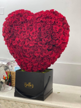 Rose Heart Over 350 Luxury Fresh Roses