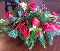 Rose n'  Berries Centerpiece