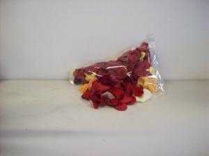 ROSE PETALS ROSES in Detroit, MI | RED ROSE FLORIST