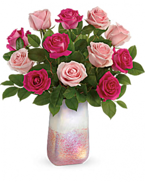 Rose Quartz Kiss Bouquet All-Around Floral Arrangement in Winnipeg, MB | KINGS FLORIST LTD