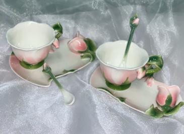 Rose Tea Cup Garden Tea Set