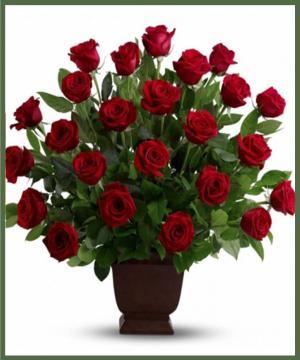 Rose Tribute  in Arlington, TX | Erinn's Creations Florist