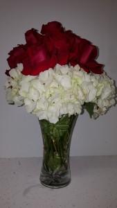 Rosehidgebcarvase Birth Day