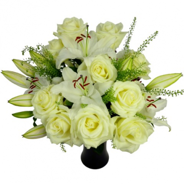 PURE AND SIMPLE Roses and lilies bouquet