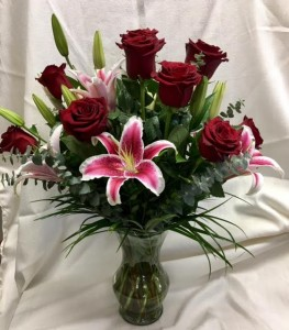 Roses and Lilies Mother's Day in Graham, TX | JOY'S DOWNTOWN FLOWERS