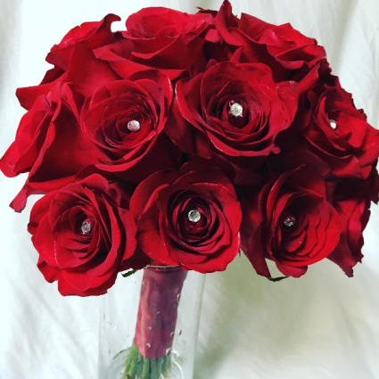 W Roses are Red