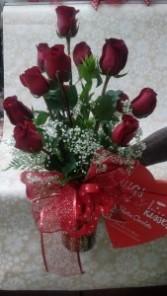 ROSES ...Hugs N Kisses Vase of Roses