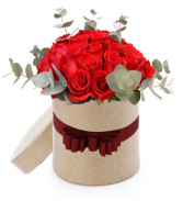 Roses in a Round Gift Box