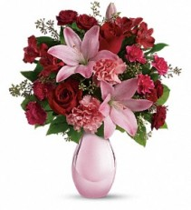 ROSES & PEARLS T08M130 ARRANGEMENT