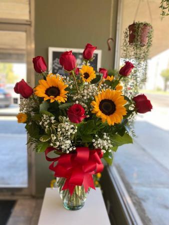 Roses & Sunflower Bouquet