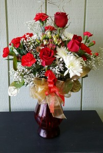 Roses with  mxed flowers Valentine's Day