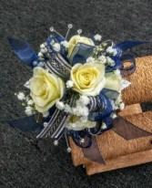 Rosey Surprise Sweetheart Rose Corsage