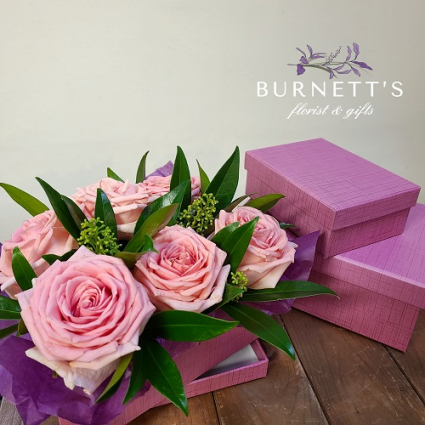 Rosy Gift Arangement