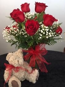 Royal Love Roses with darling Bear