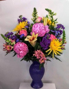 ROYAL TREATMENT VASE ARRANGEMENT