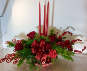 Ruby Red Christmas  in Troy, MI | DELLA'S MAPLE LANE FLORIST