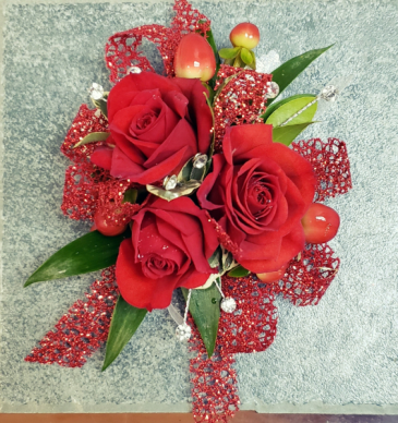 RUBY RED Corsage
