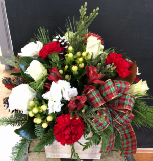 Rustic Christmas   in Weymouth, MA | DIERSCH FLOWERS