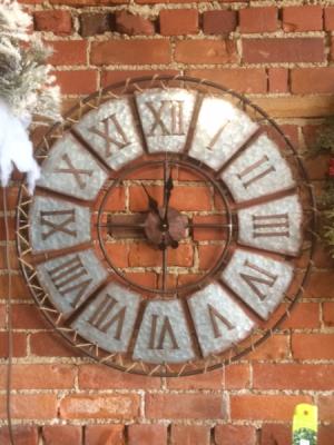 Rustic clock Home decor in Fowlerville, MI | ALETA'S FLOWER SHOP