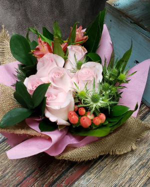 Rustic Cutie Bargain Friendly Deal of the Day in Kirtland, OH   Kirtland Flower Barn