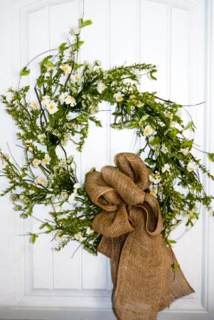 Rustic Daisies Silk Wreath