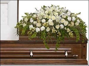TRANQUILITY CASKET SPRAY Funeral Flowers in Garrett Park, MD | ROCKVILLE FLORIST & GIFT BASKETS
