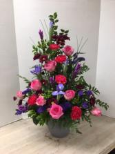 S100 - Pink Rose Inspiration Arrangement