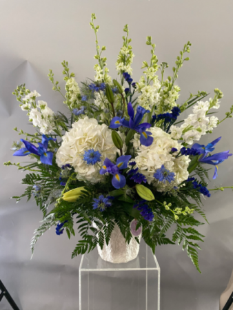 SA005 Floral Arrangement