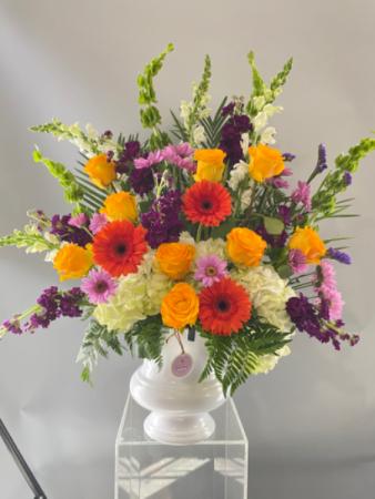 SA006 Floral arrangement
