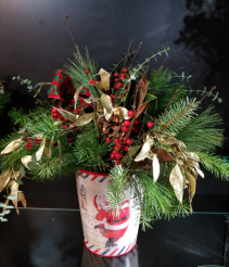 Santa's Coming to Town Christmas Arrangement
