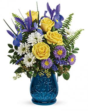 Sapphire Garden Bouquet in Jasper, TX | BOBBIE'S BOKAY FLORIST
