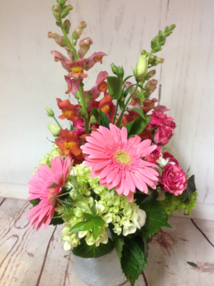 Sassy Spring  in Easton, CT | Felicia's Fleurs