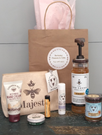 Savannah Bee Co. Gift Set