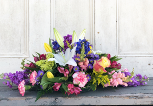 Scotty's Long Low centerpiece long low  in Woburn, MA | HILLSIDE FLORIST INC.