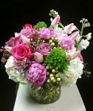 Scrumptious  Cylinder vase. in Teaneck, NJ | ENCKE FLOWERS